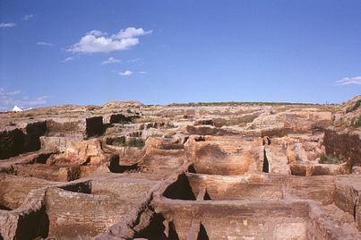 catalhoyuk_after_the_first_excavations_by_james_mellaart_and_his_team