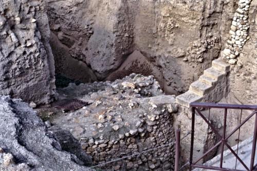045 раскопки стен иерихона