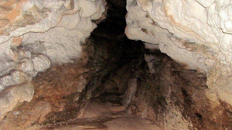 Пещера Мезмайская, Краснодарский край.
