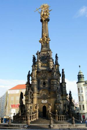 Чумная колонна в г. Оломоуце, Чехия.
