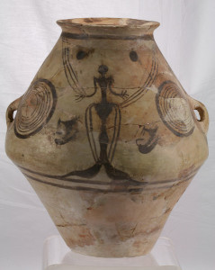 facial-amphora-with-representations-of-the-great-goddess-potnia-theron-moldavia-5-mil