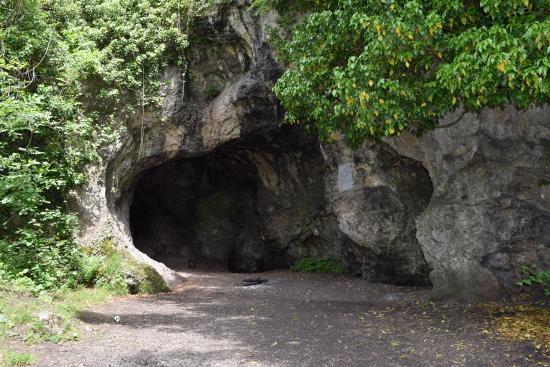 Пещера Спи, Бельгия.