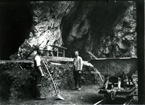 Stadel_Excavation_1937-1024x743