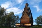 Деревянная церковь XVII века в Тверской области.