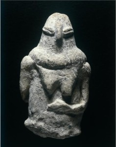 Yarmukian_Culture_-Sha'ar_HaGolan,_clay_figurine