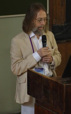Крис Тайлер-Смит, руководитель исследования, на конференции «Centenary of Human Population Genetics», Москва, 2019. Фото А.Шкиперова.