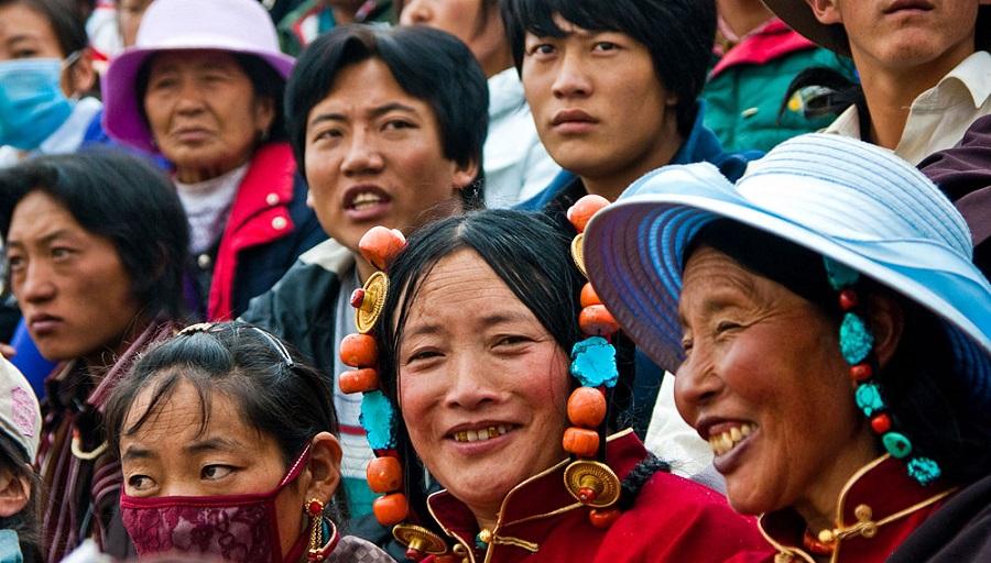 Тибетцы. фото с сайта https://ru.dreamstime.com/
